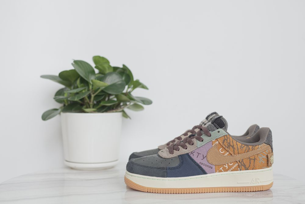 Travis Scott x Air Force 1 Low