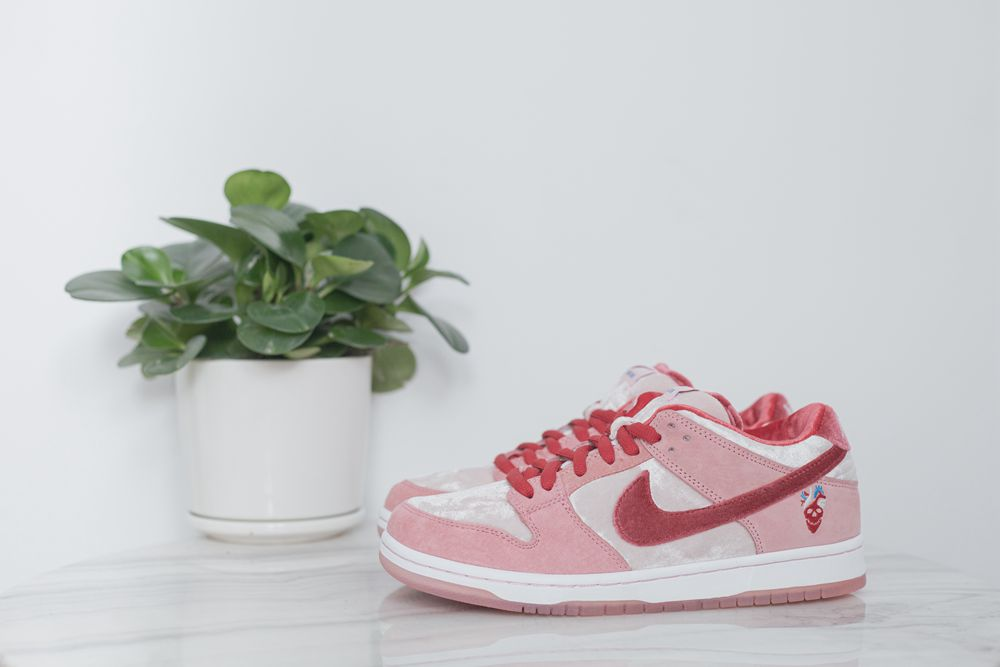 Strangelove Dunk(run small half size)