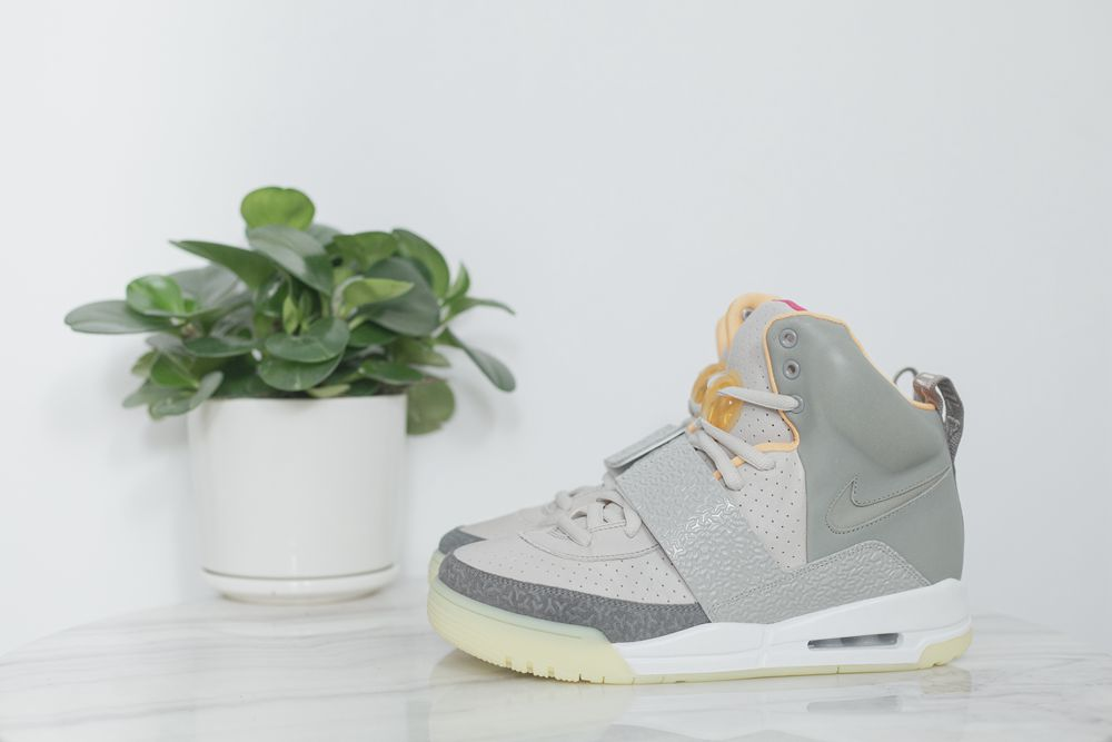 NIKE AIR YEEZY1 ZEN GREY