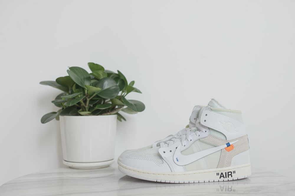 Air Jordan1 ow WHITE