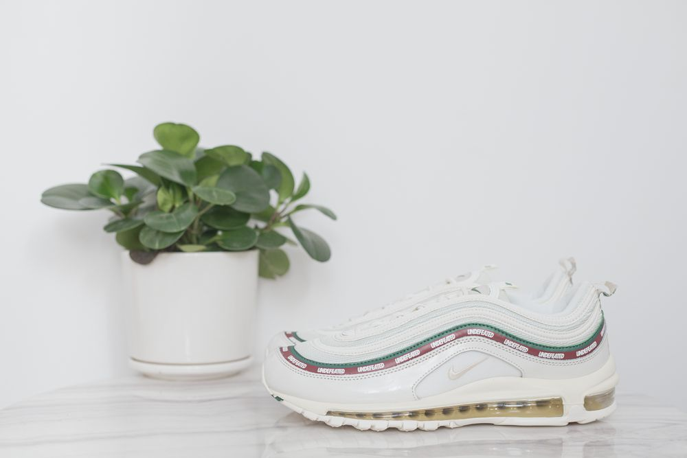 MAX 97 Undefeated x nike air Max 97 OG White