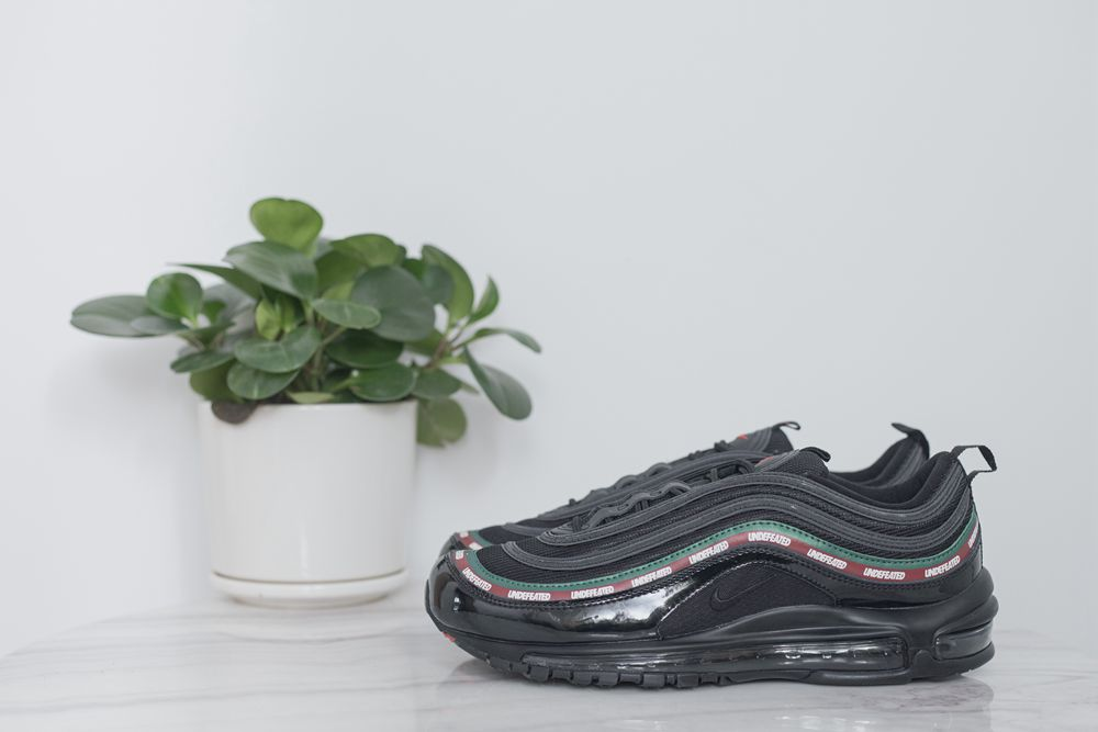 MAX 97 Undefeated x nike air Max 97 OG black