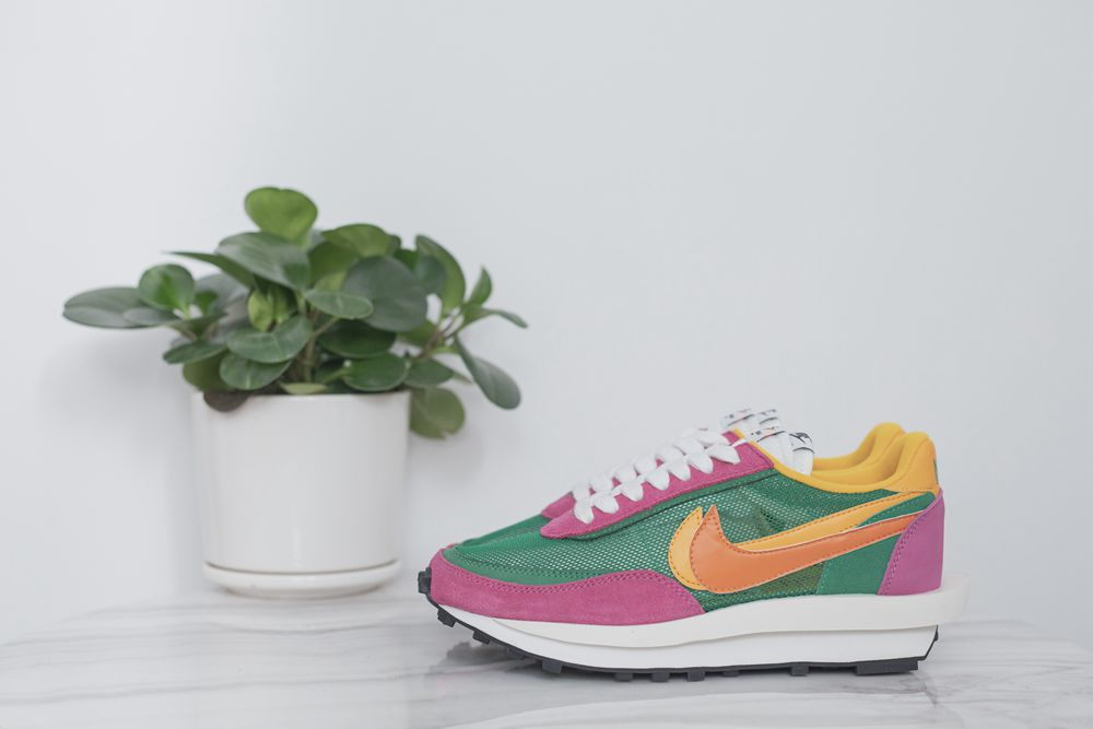 Run big one size ! Sacai x nike 5